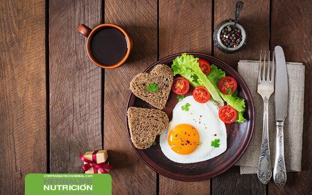 Desayuno saludable Herbalife para perder peso